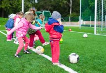 key benefits of play to a child's development