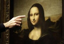 ? It has been world famous for years now. The Monalisa is one of the most elegant pieces crafted by Leonardo